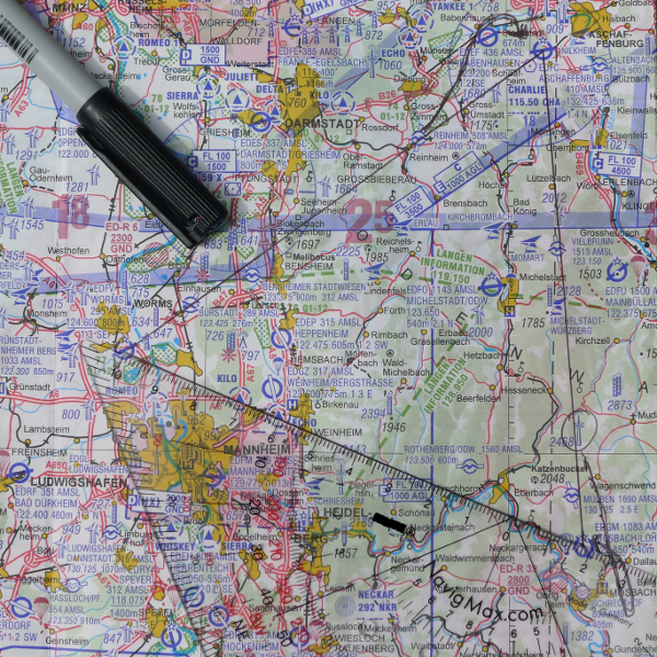 ICAO-Karte mit Kurs EDFV-EDFC-EDGM-EDFV © Maja Christ