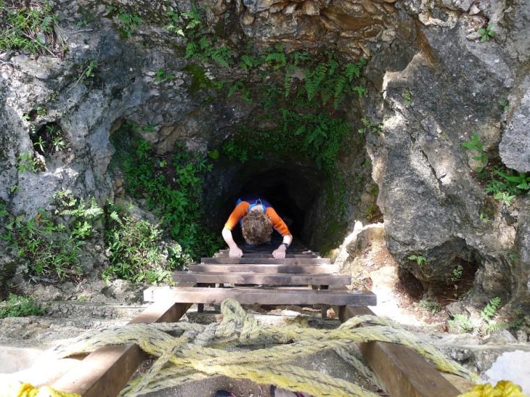Einstieg zum Cenote © Maja Christ