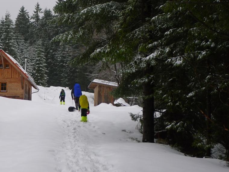 Hütte im Schnee © Maja Christ