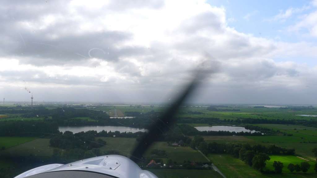 Anflug auf Leer-Papenburg EDWF © Maja Christ