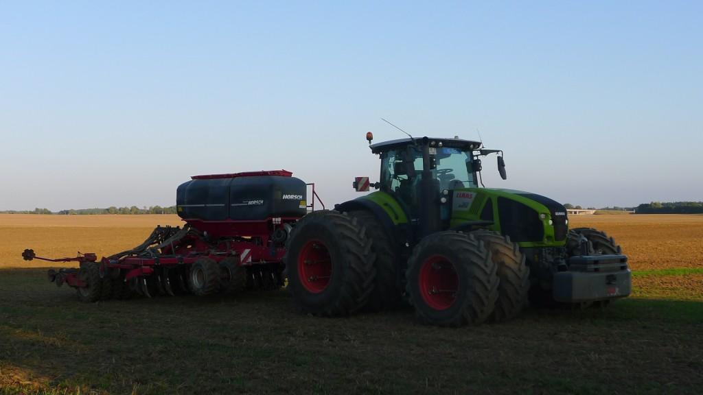 Traktor auf Rügen © Maja Christ